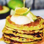 Avocado limoen pannenkoeken